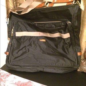 Jaguar Hanging Garments Bag with Locks and Keys